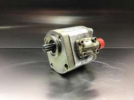 engine equipment part Liebherr Rexroth - Gear Pump