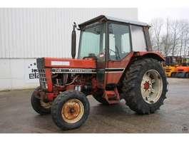 сельскохозяйственный трактор International 745