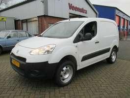 closed lcv Peugeot Partner 1.6HDI 4x4 Dangel Kilma Netto €4450,=