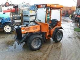 сельскохозяйственный трактор Holder C20