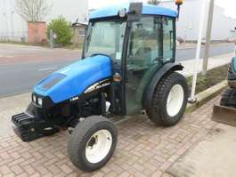 compact tractor New Holland TCE40 2004