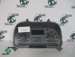 Instrument panel truck part Mercedes Benz A 004 446 84 21 instrumenten paneel