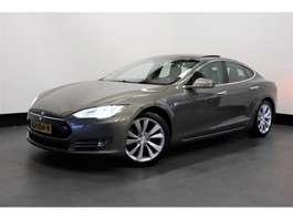 samochód typu hatchback Tesla Model S 70D 335 PK | AUTOPILOT | PANO-DAK | NEXT GEN. | € 33.950,-... 2015