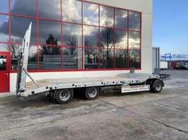 lowloader semi trailer Möslein T 3-6 F  3 Achs Tieflader- Anhänger-- Neuwertig -- 2019