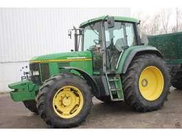 farm tractor John Deere 6800 1995