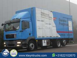 camião de caixa fechada MAN 26.290 TGM 6x2*4 eev airco lift 2013