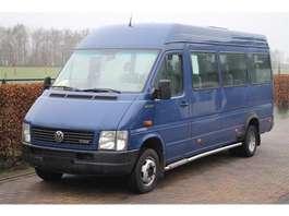минивэн — пассажирский легковой фургон Volkswagen LT 2.5 TDI 19 PERSOONS HOOG MAXI LANG 2002