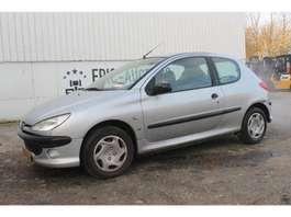 samochód typu hatchback Peugeot 206 2000