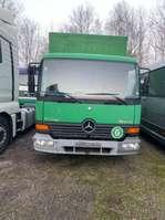véhicule utilitaire léger à box fermé Mercedes Benz Atego 815 1999