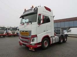 heavy duty tractorhead Volvo FH16 750 6x4 Heavy transport tractor 144.000 kg 2013