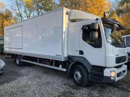 closed box truck > 7.5 t Volvo FL240 4x2 mit Reverse Camera 2007