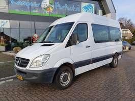 минивэн — пассажирский легковой фургон Mercedes Benz Sprinter 213 CDI L2-H2 Personenbus 2012