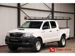 véhicule utilitaire léger pickup Toyota HiLux DOUBLE CABIN 2.5 D4D 144PK 4X4 2020
