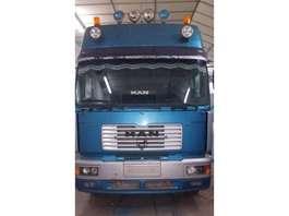 trattore stradale MAN Silent Euro 3 2000