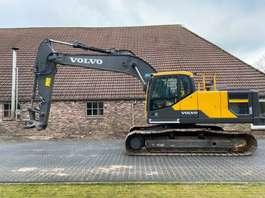 crawler excavator Volvo EC220EL 2015