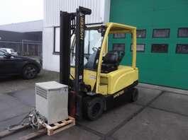 vysokozdvižný vozík Hyster J3.0XN 2013