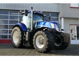 сельскохозяйственный трактор New Holland T7 270 AUTOCOMMAND 10.000hrS 2015
