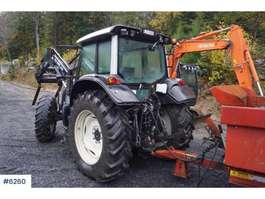 ciągnik rolniczy Valtra N 121 with front loader 2009