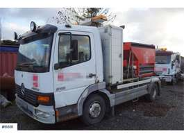 chassis cab truck Mercedes Benz Atego 818 4x2 Chassis with good tires. Rep. object 2003