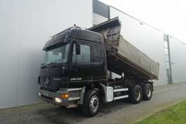 camión de volquete Mercedes Benz ACTROS 2648 FULL STEEL HUBREDUCTION EURO 2 2000