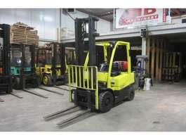 chariot élévateur Hyster H 2.5 FT 2009
