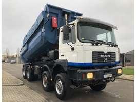 camião basculante MAN 41-463 2001