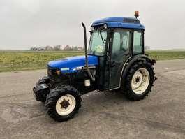 farm tractor New Holland TN75N 2004
