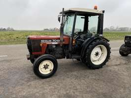 trattore agricolo New Holland 70-86 1998