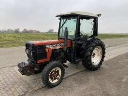 Landwirtschaftlicher Traktor New Holland 70-86 1996