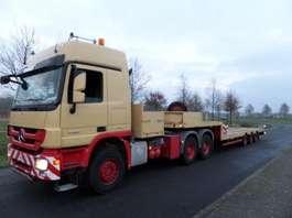 semi lowloader semi trailer Nooteboom MCO 48-03V/L 2001