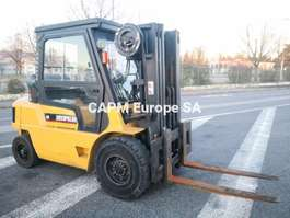 forklift Caterpillar GP40 2000