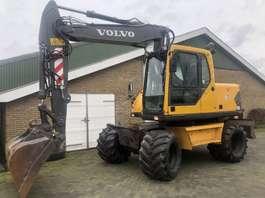 wheeled excavator Volvo EW140B 2004