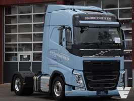 Тягачи стандарт Volvo FH460 Globetrotter 4x2 LNG, Low Kilometer, 2020 2020