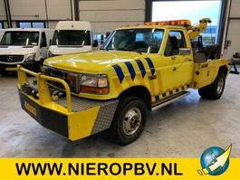 tow-recovery truck Ford F 350 bergingsvoertuig airco 1992