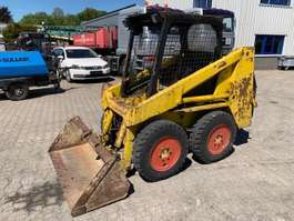 skid steer wheeled loader OMC 342 1986