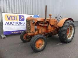 farm tractor Case 500