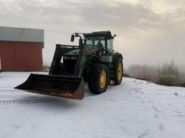 farm tractor John Deere 7920 2005