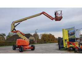articulated boom lift wheeled JLG 600AJ 2003