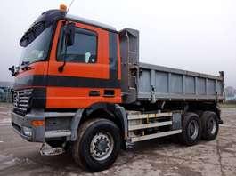 tipper truck Mercedes Benz Actros 3331 AK 6x6 / 25 Kmh 2001