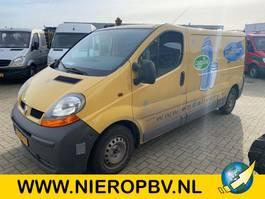 refrigerated van Renault TRAFIC 1200 L2 H1 1.9 DCI 100 koeling met stekker 2004
