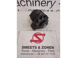 Dynamo truck part Deutz Occ Alternator Bosch 12V