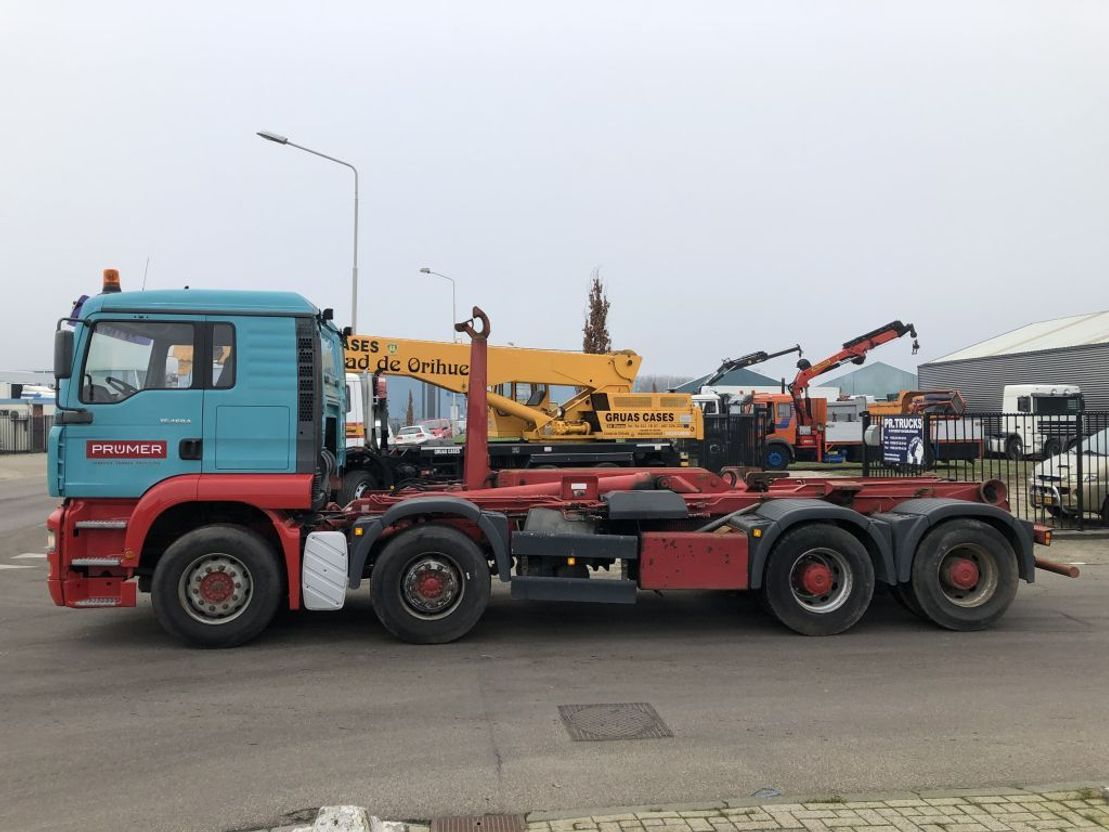 container truck MAN tga 460 8x4 2002