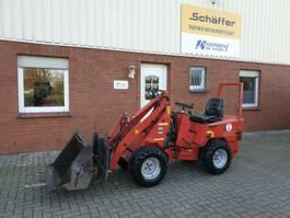 kompaktní traktor 222S Hoflader 2005