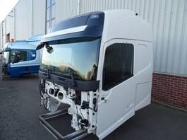 cabina, ricambio per autocarro Volvo FH-4 GLOBETROTTER 2016