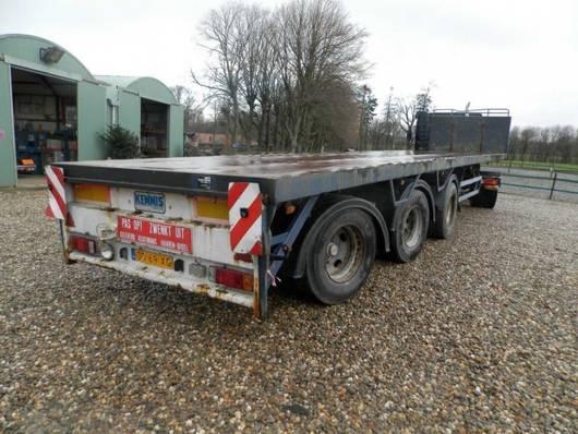 flatbed semi trailer Pacton 3-assige oplegger 1996