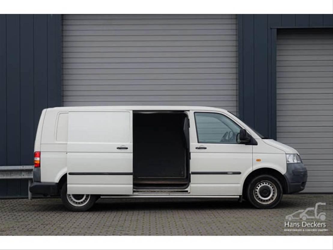 closed lcv Volkswagen 1.9 TD Lang Transporter T5 2006