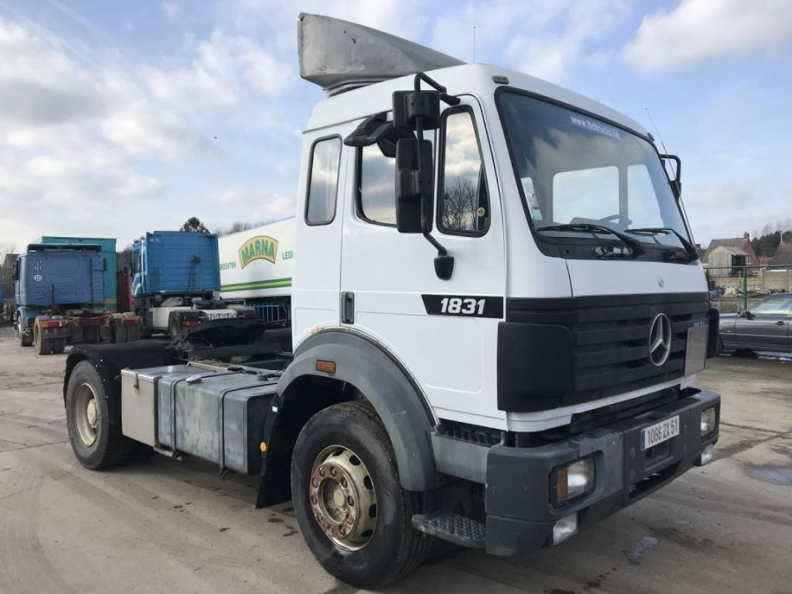 cab over engine Mercedes Benz SK1831 **STEEL-MANUAL GEAR-FRENCH** 1995