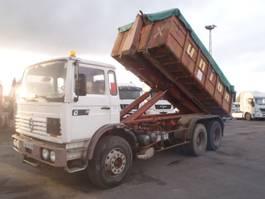 tipper truck > 7.5 t Renault G300 6x4 1990