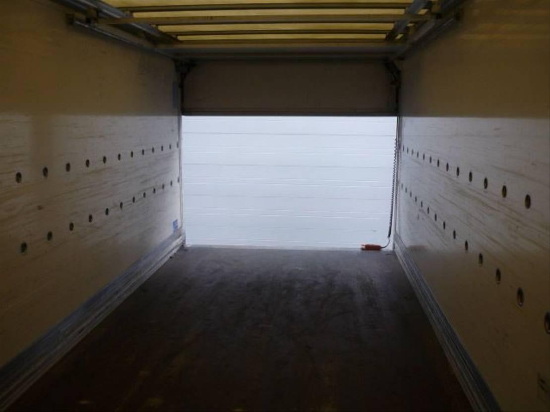 closed box truck > 7.5 t Scania R 480 6x2-4 euro 5 Retarder 2009