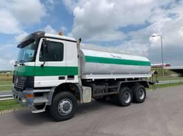camion autocisterna Mercedes Benz Actros 3348 6x6 Water Truck 16 cbm 2001